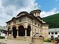 RO VL Cozia Holy Trinity church 1.jpg