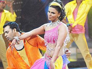 Rakhi Sawant - Rakhi Sawant performing at Nach Baliye 3 in Madhuri Dixit's famous getup.