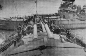 HMS Revenge (1892) - Image: Revenge Orion Collision Portsmouth 1912 01 12