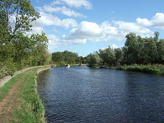 River Soar - The River Soar near Sutton Bonington, where it forms the Nottinghamshire (to the left) — Leicestershire county border.