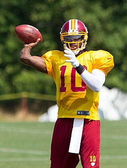 Robert Griffin III throwing