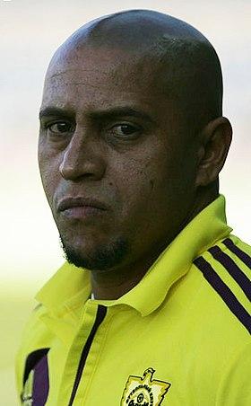 taille Roberto Carlos (football)