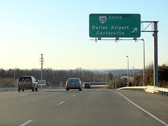 Virginia State Route 28 - View west along VA 7 towards the interchange with Route 28