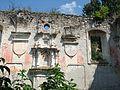 Ruinele sinagogii vechi.jpg
