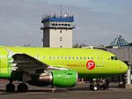 S7 Airbus A319 Osokin-1.jpg