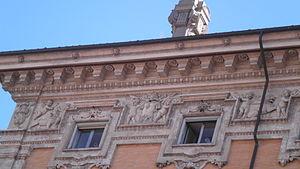 Palazzo Madama - Mid-17th century façade with cornice