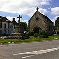 Saint-Molf - croix et chapelle.jpg