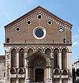 San Lorenzo Vicenza fronte rett.jpg