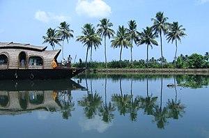 Scenes fom Vembanad lake en route Alappuzha Kottayam49.jpg