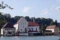 Schloss Beuggen mit Schlosskirche.JPG