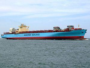 Sealand Michigan p2 approaching Port of Rotterdam, Holland 20-May-2007.jpg