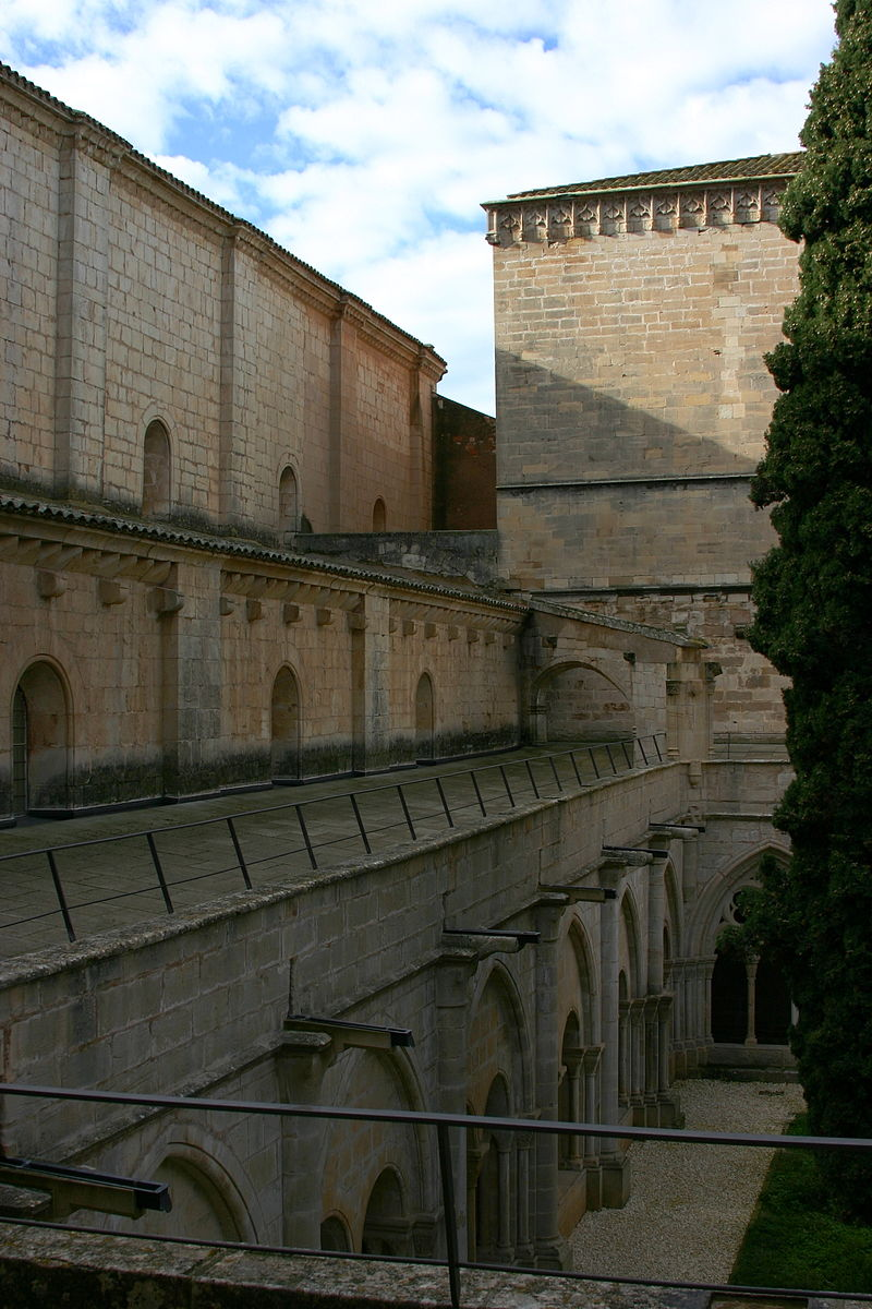 Second floor of the cloister - Monastery of Poblet - Catalonia 2014 (2).JPG