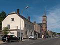 Sedan, straatzicht (Rue des Ecoliers) met kerk foto3 2014-06-11 16.01.jpg
