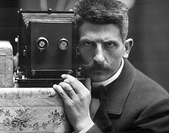 Frédéric Boissonnas - Self-portrait in mirror, 1900