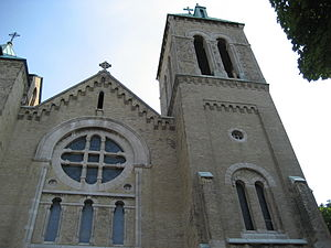Sherman Avenue (Hamilton, Ontario) - St. Anne's Roman Catholic Church