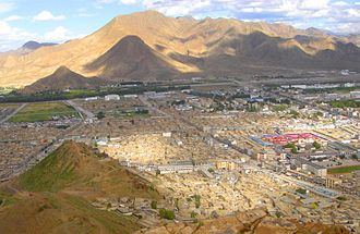 Samzhubzê District - Skyline of Shigatse