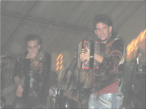 Silvestre Dangond - Silvestre Dangond and Juancho De la Espriella performing live on stage.
