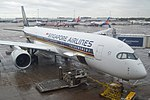 Singapore Airlines A350-941 (9V-SMJ) at Manchester Airport.jpg