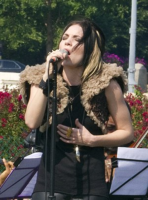Skylar Grey - Grey singing at the Tibet Talk for World Peace in July 2011.