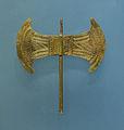 Small golden double head minoan axe archmus Heraklion.jpg