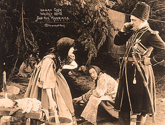 Sold for Marriage - Still with Lillian Gish, Pearl Elmore, and Walter Long