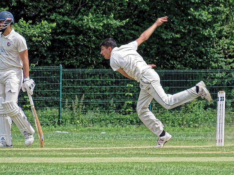 File:Southgate CC v Stanmore CC at Walker Cricket Ground, Southgate, London 17.jpg