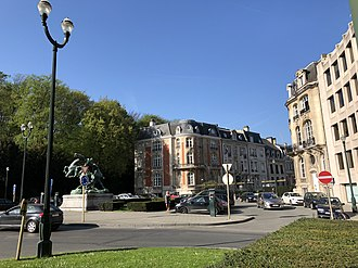 Avenue Louise - Square du Bois, Avenue Louise 535–587