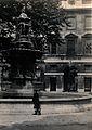 St Bartholomew's Hospital, London; the fountain in the centr Wellcome V0013014.jpg