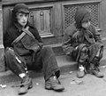 Starving children in front of Jedydia Merensztejn bakery at Nowolipki 7 street in the Warsaw Ghetto in May 1941, Bundesarchiv Bild 101I-134-0782-13, Polen, Ghetto Warschau, Kinder vor Schaufenster (cropped).jpg