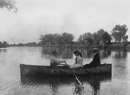 StateLibQld 1 142647 Boating on the Bourke River at Boulia, Queensland, ca.1906.jpg