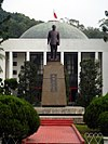 Statues of Chiang Kai-shek in front of Taiwan Provincial Council Building 20101112.jpg