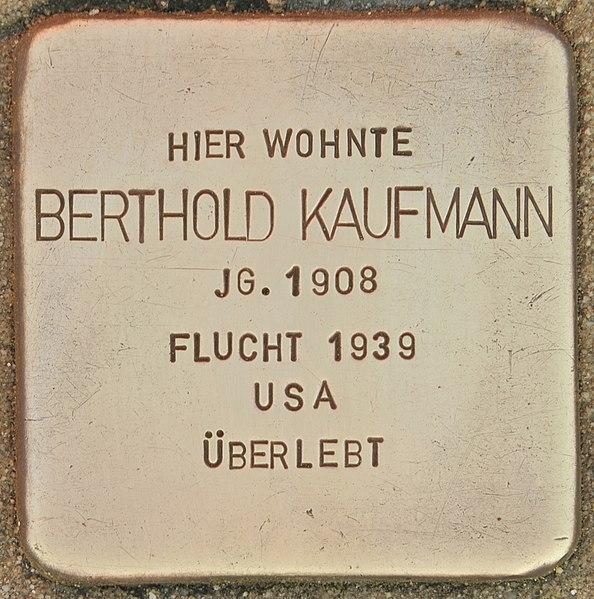 Datei:Stolperstein für Berthold Kaufmann (Wolfenbüttel).jpg