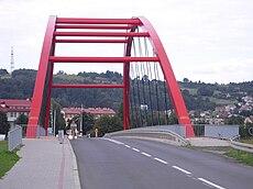Міст через віслок у місті стрижів