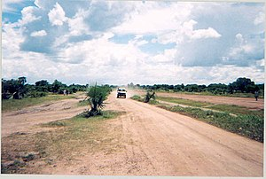 Rumbek: Image:Sudan Rumbek road alongside airstrip 2004