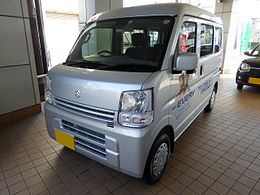 Suzuki EVERY JOIN TURBO (DA17V) front.JPG