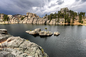 Sylvan Lake (South Dakota) - Image: Sylvan Lake rock wall