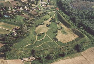 Hungarian nobility - The remains of the 11th-century earthen fort at Szabolcs