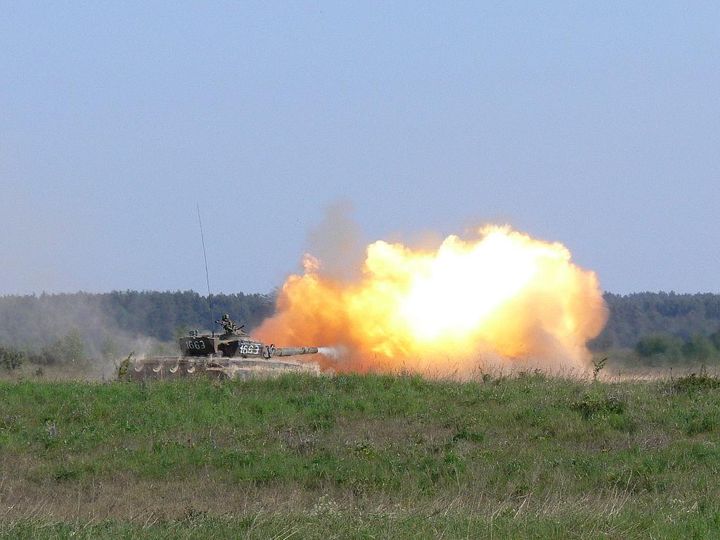 T-72 na poligonie (07).jpg