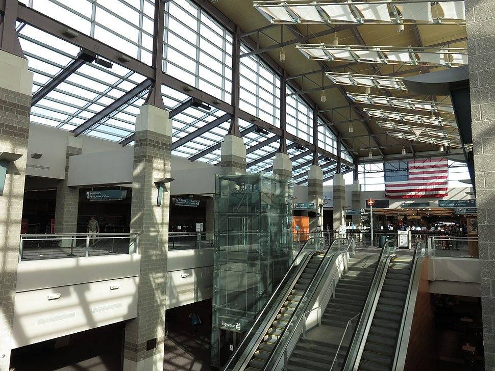 T. F. Green Airport interior 2015