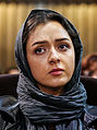 Taraneh Alidoosti in Najafi funeral (cropped).jpg