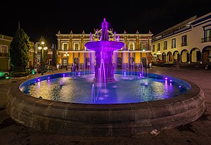 Landscape lighting - An illuminated fountain at the Teatro Principal in Mexico