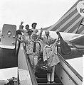 Terug uit Nieuw-Guinea, rechtsboven Harry Mooten , Blue Diamonds , Willy Vervoor, Bestanddeelnr 914-3346.jpg