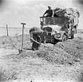 The British Army in North Africa 1942 E10862.jpg