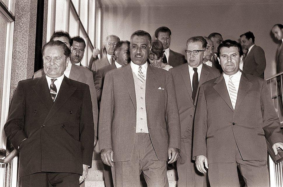 Tito in Naser na razstavi motorjev in motornih vozil na Gospodarskem razstavišču v Ljubljani 1960