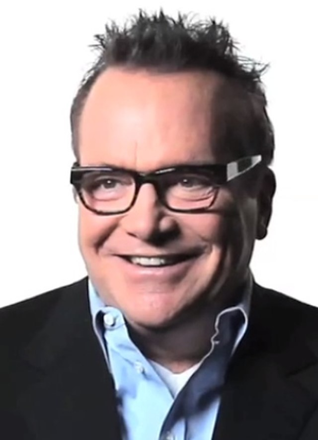 Tom Arnold Fade In 09.39 (cropped)