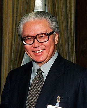 Constitution of Singapore - Dr. Tony Tan Keng Yam, the President of Singapore, photographed in February 2001 before he took office. Interactions between his office and the Government concerning the exercise of his discretionary financial powers are governed by a non-binding white paper issued in 1999.