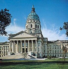 Topeka Capitol.jpg