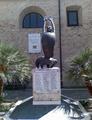 Tortoreto - monumento ai caduti IIWW.png
