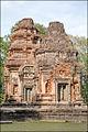 Tours du temple Preah Kô (Angkor) (6821831020).jpg