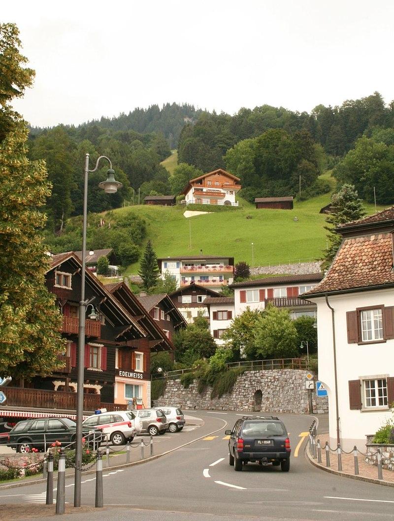 Triesenberg-Zentrum.jpg